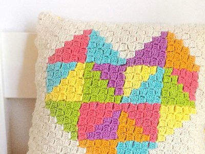 Love Triangle C2C Cushion
