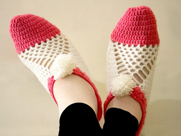 Cluster Crochet Slippers