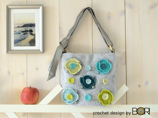 Crochet Bag Pattern with Flowers