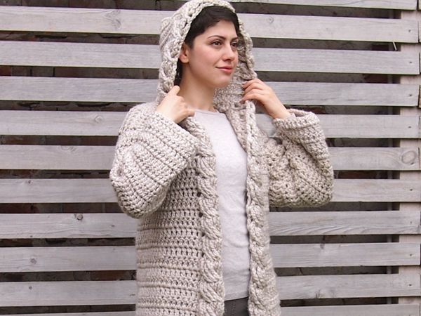 Women Cable Hooded Cardigan