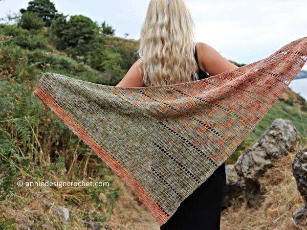 Space Fade Shawl