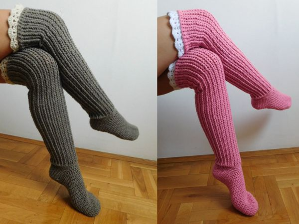 Knee high socks with lace tops