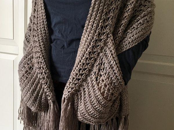 Boho Crochet Shawl with Pockets and Fringe