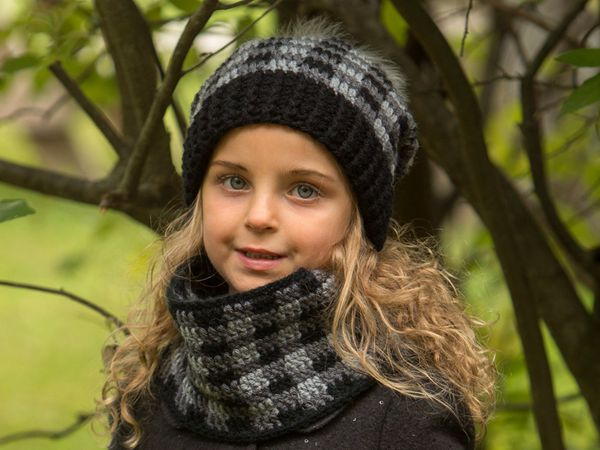 The Dublin Plaid Slouchy Hat and Cowl Set