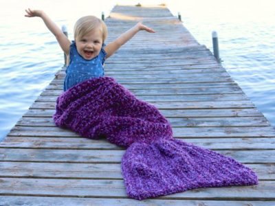 Easy Crochet Mermaid Tail Blanket