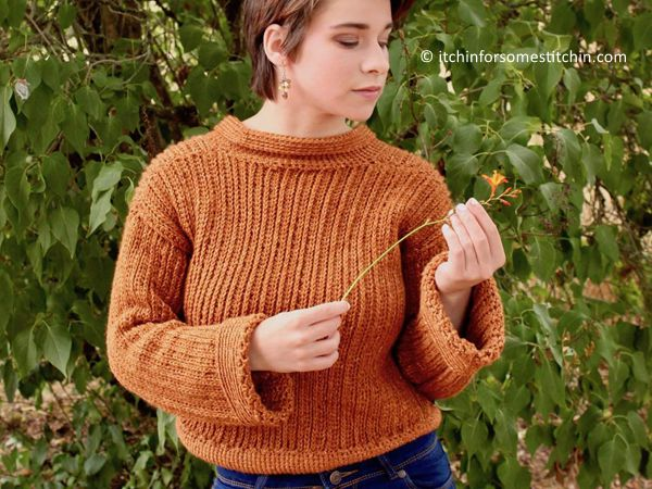 EASY KNIT-LOOK CROPPED SWEATER