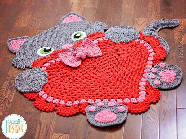 Sassy the Kitty Cat Heart Rug
