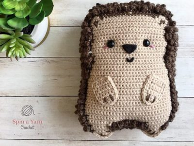 crochet Chubby Hedgehog free pattern