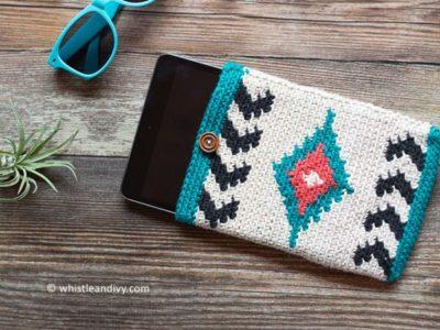 crochet Southwest Style Tablet Pouch free pattern