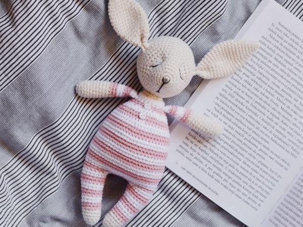 Crochet pattern for Rosy the Sleepy Bunny Amigurumi