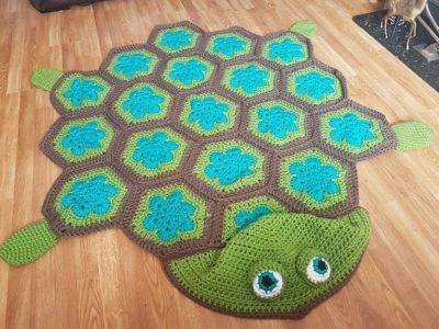 crochet 2 in 1 Sea Turtle Tortoise Hooded Blanket free pattern