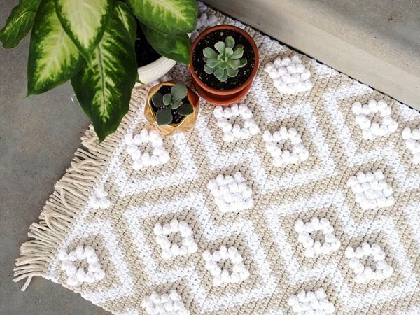 crochet Puff Love Rug pattern