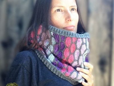crochet Stained Glass Cowl free pattern
