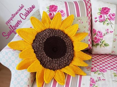 CROCHET Sunflower Pillow free pattern