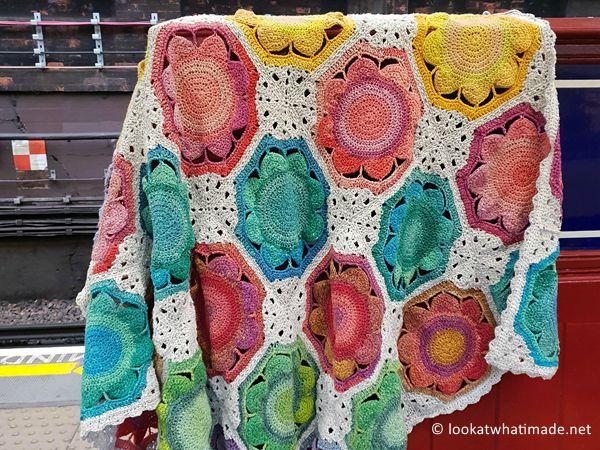 crochet Lynda Blanket free pattern