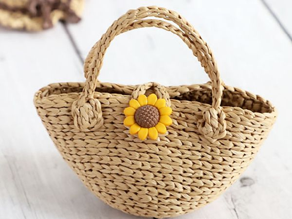 crochet Mini Straw Tote free pattern