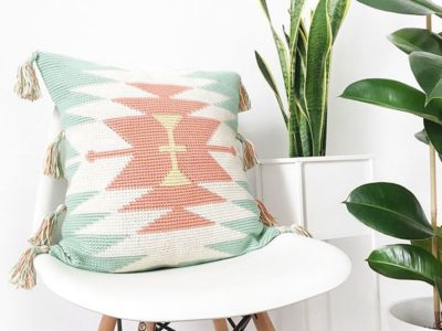 crochet Etnic Tapestry Cushion free pattern