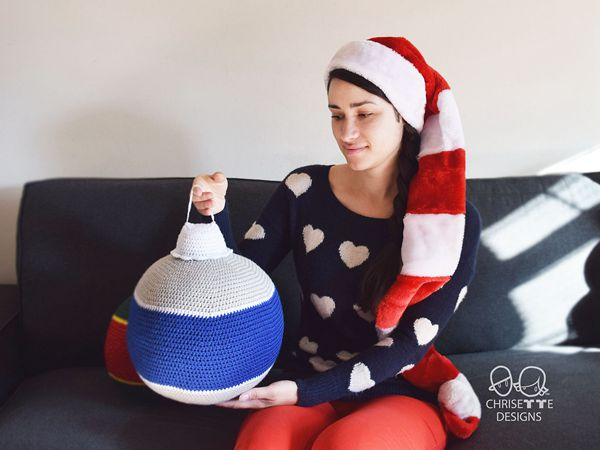 crochet Jumbo Christmas Ornament free pattern