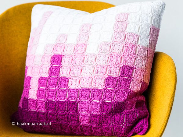 crochet Skyline Pillow free pattern