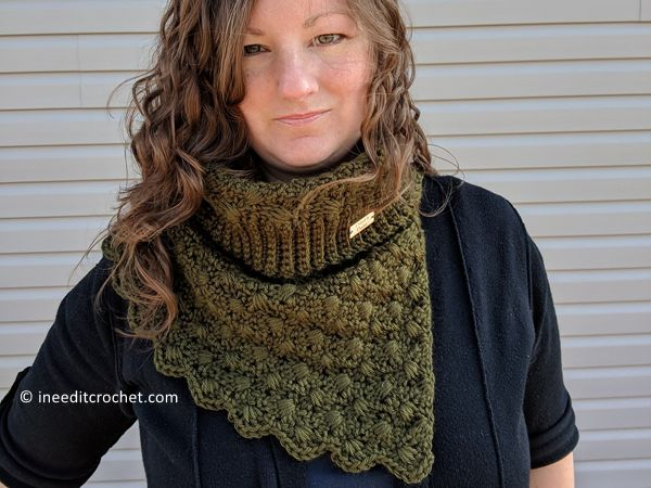 crochet The Amphitrite Cowl free pattern