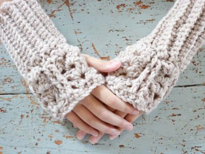 crochet Fingerless Chunky Mittens free pattern