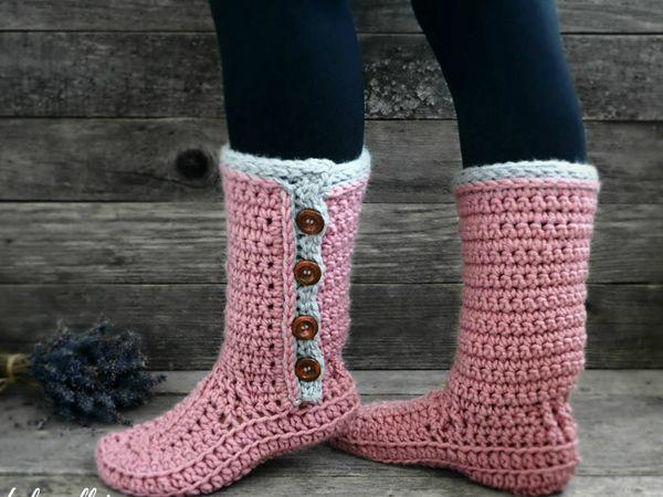 crochet Women Buttoned Slipper easy pattern