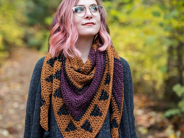 crochet The Oriole Triangle Scarf easy pattern