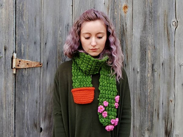 crochet Flowering Cactus Scarf easy pattern