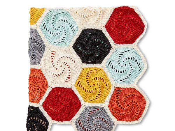 crochet Geometric Motif Hexagons Blanket free pattern