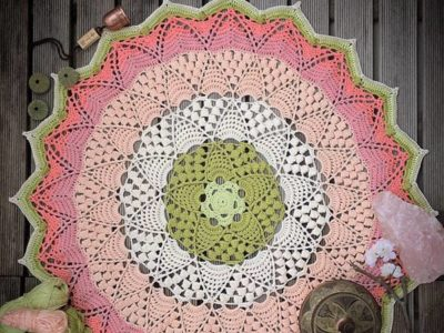 crochet Lotus & Blossom Mandala easy pattern