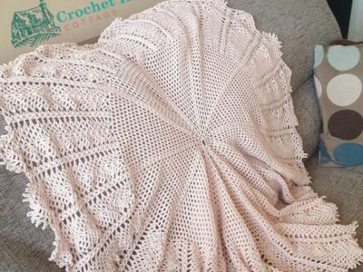 crochet Vintage Waterlily Circular Baby Blanket easy pattern