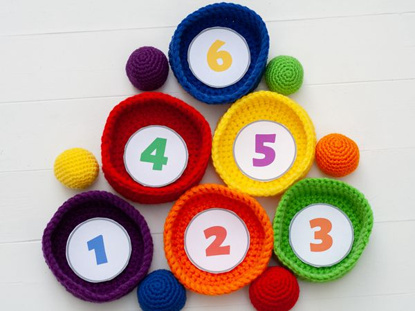 crochet Ball Toss Game pattern