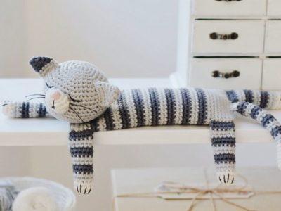 crochet Easy Sleepy Cat pattern