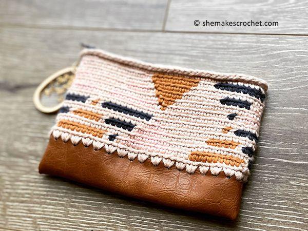 crochet Geometric Zip Pouch free pattern