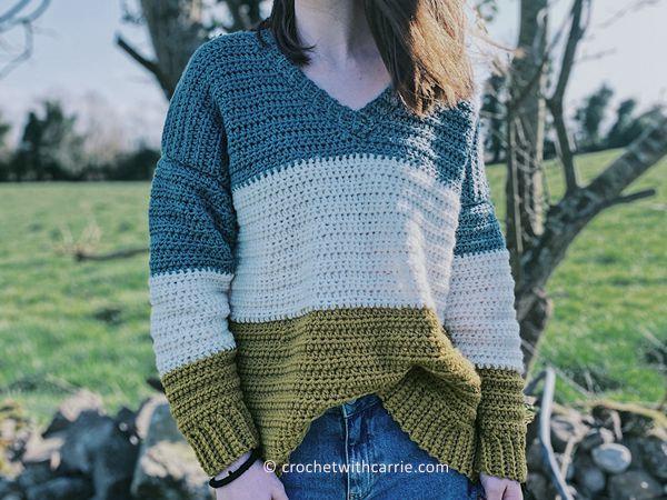 crochet Oversized V Neck Sweater free pattern