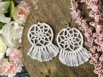 crochet Dream Catcher Earrings free pattern