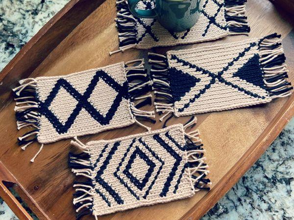 crochet Modern Mug Rugs free Pattern