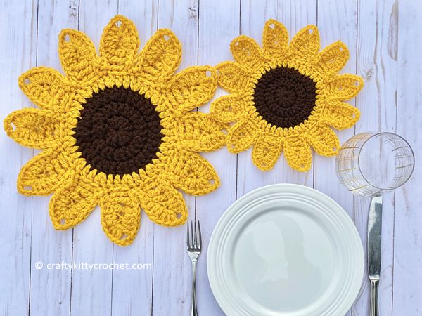 crochet Sunflower Placemats free pattern