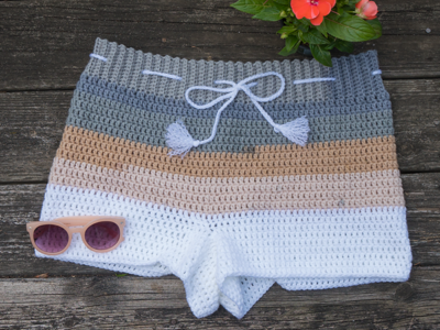 crochet Beachside Shorts free pattern