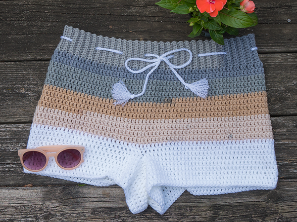 crochet Beachside Shorts free pattern