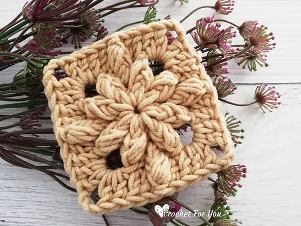 crochet Bobble Drops Solid Granny free pattern