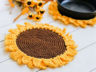 Rustic Sunflower Pot Holder