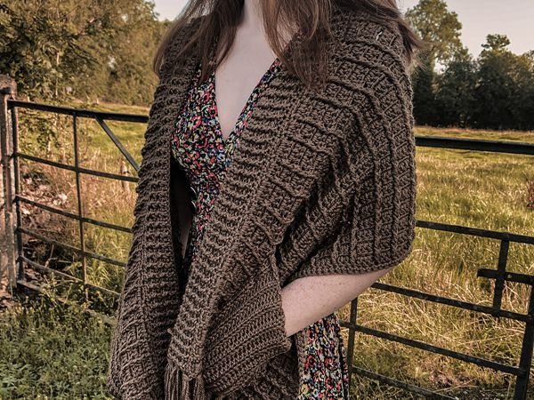 crochet Shawl With Pockets free pattern