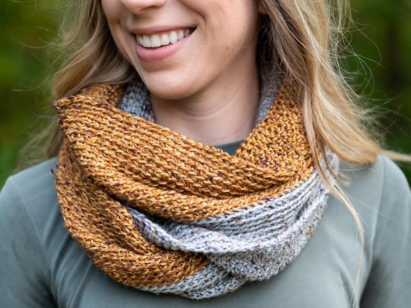 crochet Half n Half Infinity Scarf free pattern
