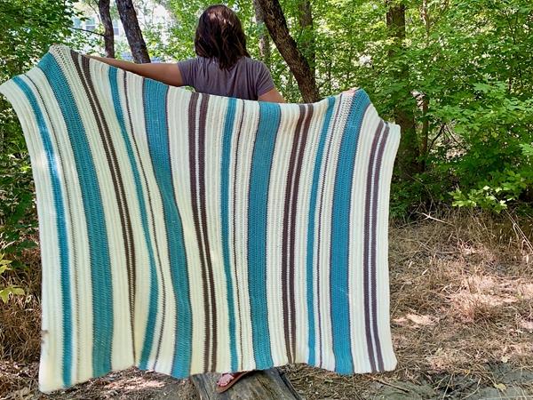 crochet The Moonstone Throw free pattern