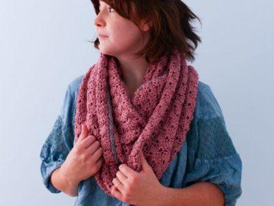 Big Crochet Shell Stitch Infinity scarf free pattern