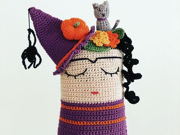 CROCHET Frida the witch cushion free pattern