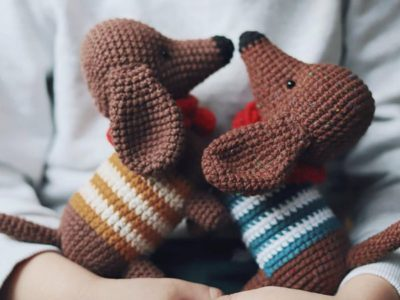 crochet Dachshung Dog easy pattern