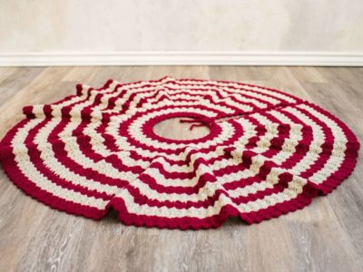 crochet Diamond Christmas Tree Skirt easy pattern