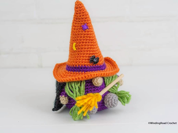 crochet Halloween Witch Gnome free pattern